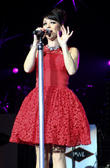 lisa scott-lee steps hit factory live s christmas c