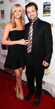 Rob Mcelhenney and Kaitlin Olson