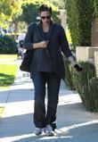 A very pregnant Jennifer Garner out and about...