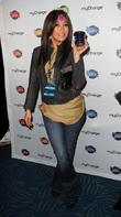 Jingle Ball, Nokia Theatre L., A. Live and Gifting Lounge