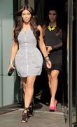 Kim Kardashian, Clutch, Jimmy Choo, Kourtney Kardashian and Bottega Veneta