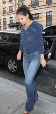 Katie Holmes arriving at her apartment in Manhattan....