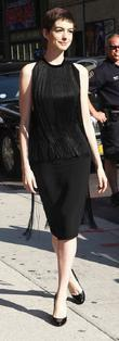 Anne Hathaway arrives for the 'The Late Show...