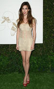 rainey qualley lovegold celebrates 2013 golden glob