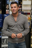 mark wright launches his fragrances mr wright pour