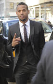 marlon wayans marlon wayans leaves a downtown hotel