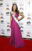 2012 Miss USA Olivia Culpo Press conference to...