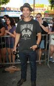 Johnathon Schaech  Rascal Flatts honored with star...