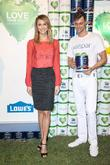Stacy Keibler Partners, Valspar Paint, Announce, Extension, Valspar Love Your Color, Guarantee, Guaranteed, Million Donation The Valspar, Foundation Has Committed, Habitat and Humanity