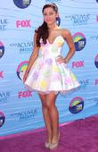 Ariana Grande  The 2012 Teen Choice Awards...