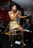 The Noisettes Performing At Baroque Club...