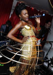 The Noisettes, Baroque, Contact