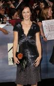 sarah clarke premiere of summit entertainment s the