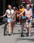 Elizabeth Olsen and Dakota Fanning