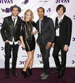 James Shaw, Emily Haines, Josh Winstead, Joules Scott-Key, Metric