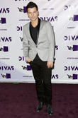 Jordan Knight, VH1 Divas and The Shrine Auditorium