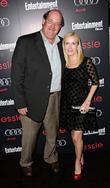 Brian Baumgartner and Angela Kinsey