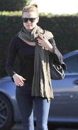 Josh Bowman and girlfriend Emily VanCamp shop
