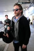 celebrities arriving at lax airport 110213