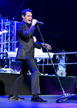Marc Anthony - Marc Anthony Performing...