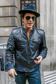 Bruno Mars - Bruno Mars Outside...