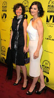 Analeine Cal Y Mayor and Carrie-anne Moss
