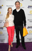 Wendi Mclendon-covey and Greg Covey