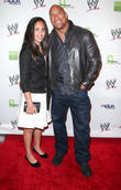 wwe superstars for sandy relief 040413