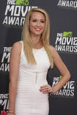 Pitch Perfect Star Anna Camp Splits From Husband