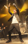 Conor Maynard - Conor Maynard Performs...