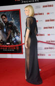 'Most Beautiful' Gwyneth Paltrow Sans Underwear At Iron Man 3 Premiere [Pictures]