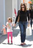 Jennifer Garner And Seraphina Affleck -...