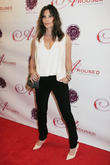Gina Gershon Suffered Bronchitis While Playing Chain-smoking Versace
