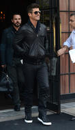 celebrities outside their new york hotel 010513