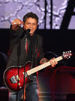 Alejandro Sanz Receives Honorary Doctorate