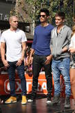 celebrities at the grove to appear on entertainment 090513