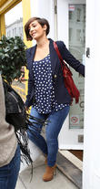 frankie sandford goes baby clothes shopping 100513