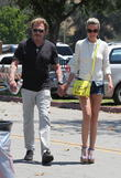 johnny hallyday and his wife laeticia visit a flea 120513