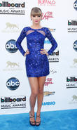 Taylor Swift - 2013 Billboard Music...