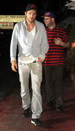 ashton kutcher leaving shilohs restaurant with yehu 200513