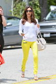 eva longoria is seen leaving the ken paves hair sal 220513