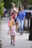 sarah jessica parker takes her twin daughters to sc 220513