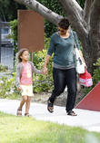 halle berry on the school run 220513
