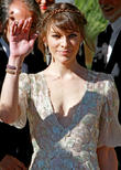 Milla Jovovich Takes Part In Performance Art Show
