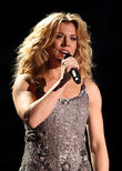 Kimberly Perry, LP Field