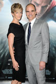 Michael Kelly and Robin Wright