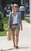 Julianne Hough goes out to lunch at Madeo Restauran
