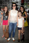 Debi Mazar, Giulia Isabel Corcos and Evelina Maria Corcos