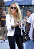 Tish Cyrus leaving her Manhattan hotel