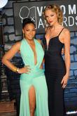 Ashanti and Taylor Swift